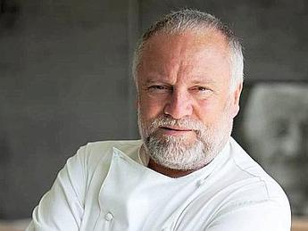 Lo chef Antonello Colonna forma futuri manager del food