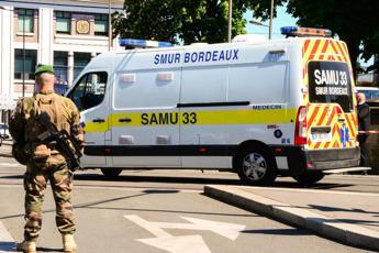 Francia, ministro Sanità: Circolazione Covid si aggrava