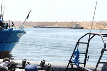 La smentita di Msf: Ocean Viking non sbarcherà a Tripoli