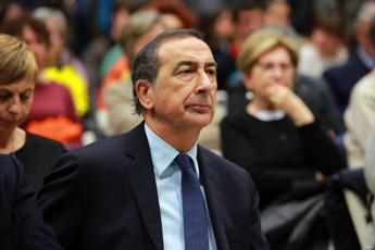 Elezioni Milano, il politologo: Sfida aperta, è il momento della sobrietà