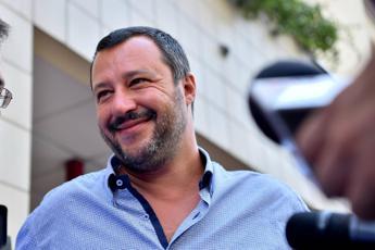 Salvini: Conte mi chiama e non rispondo? Sbaglia numero