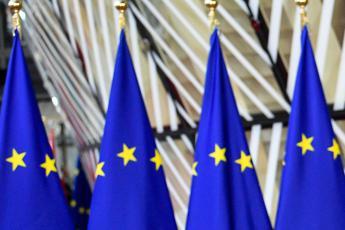 Coronavirus, oggi summit leader Ue: sul tavolo eurobond ed Eccl