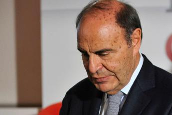 Vespa: Opzione rinnovo contratto Rai rinviata metà marzo