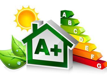 Case efficienti, -15% di spesa energetica per le famiglie