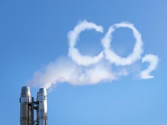Economia a basse emissioni, imprese europee investono 124 mld