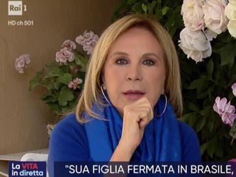 Lambertucci: Mia figlia arrestata in Brasile, ma era una truffa