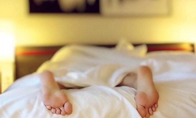 ¡Cuidado! Dormir mal puede ser una señal de esta enfermedad (21:30 h)