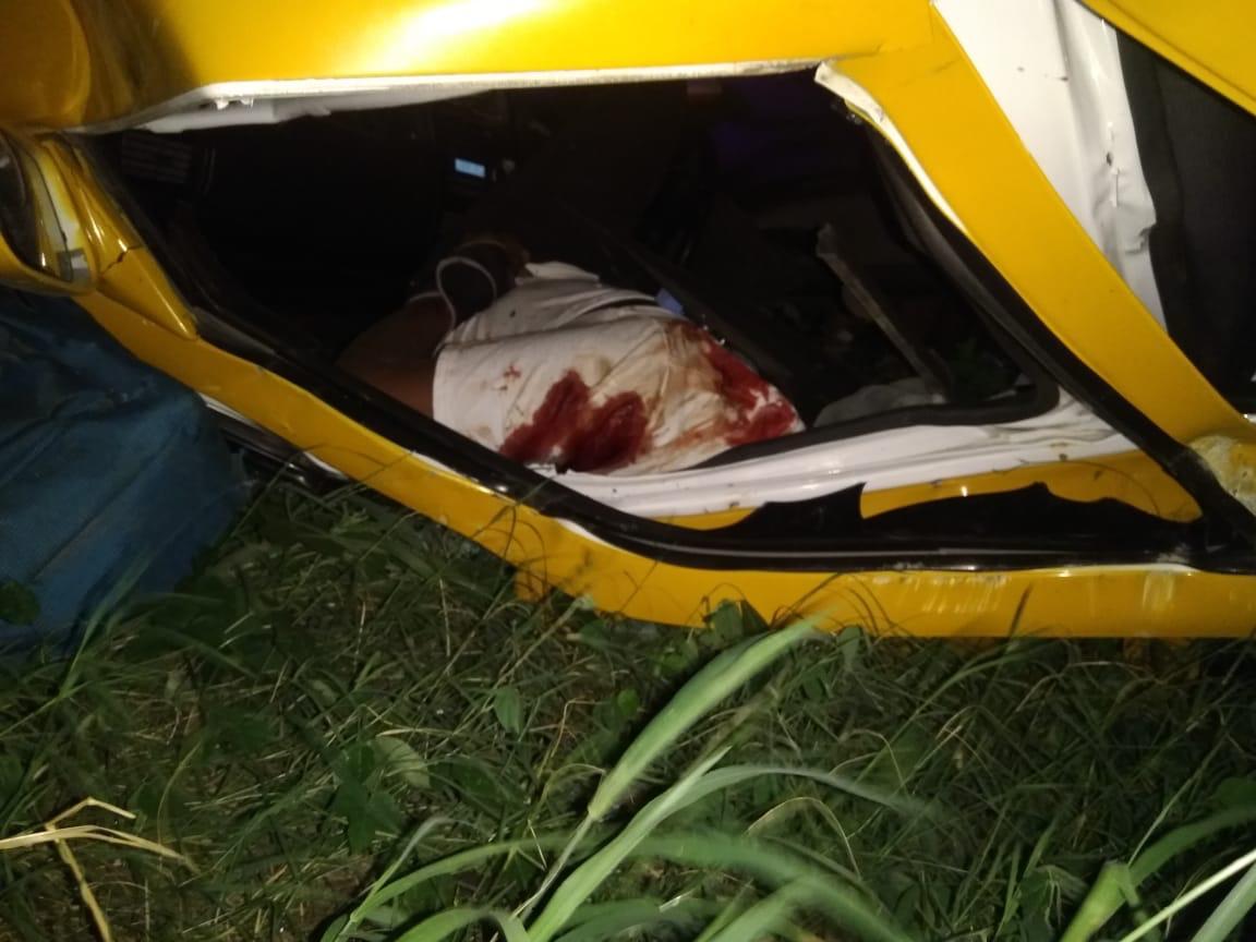 Taxista y pasajera fueron asesinados y abandonados en carretera Tehuantepec-Salina Cruz (22:38 h) - ADNl sureste
