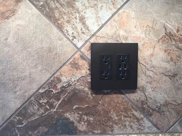 USB outlet in kitchen of 1327 Eagle Way