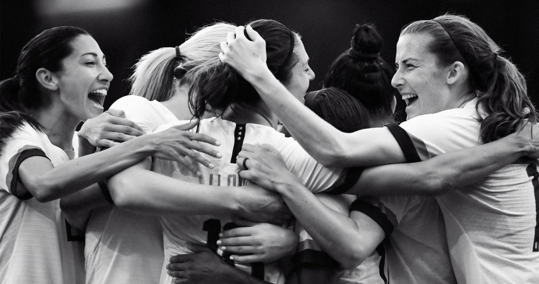 Polvo Aplaudir reputación  Campaign Spotlight: Women Change The World, Nike's