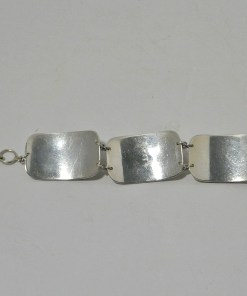Retriever Dog Head Bracelet Back- Dog's Tale Collectibles