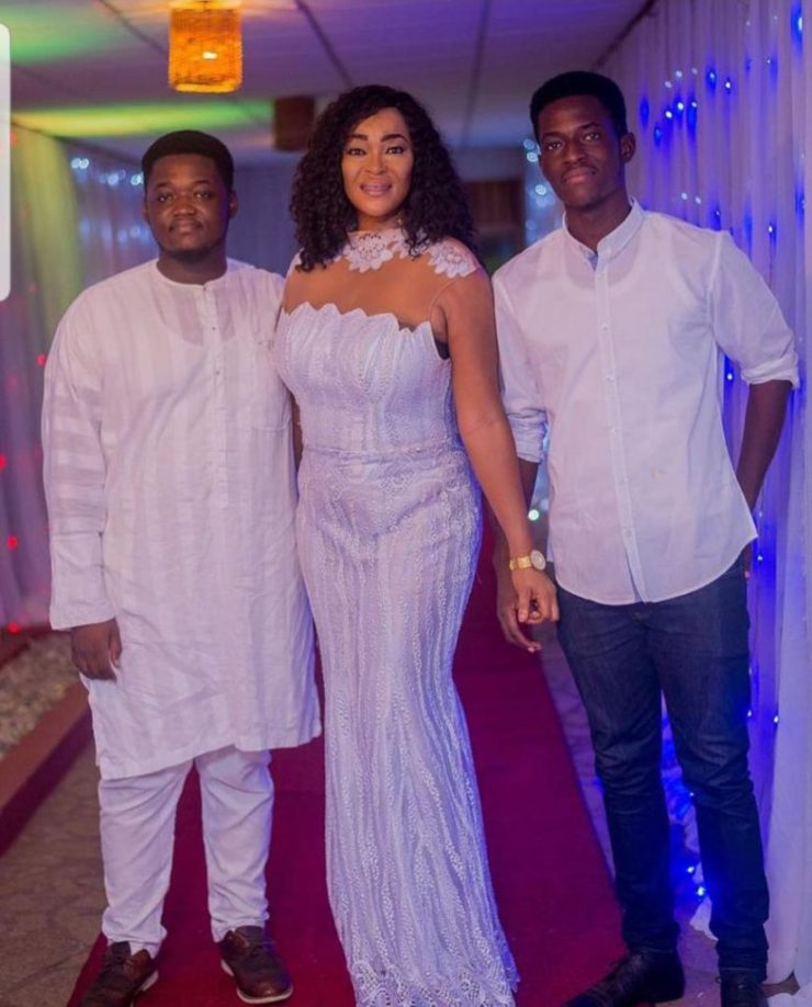 Kalsoume Sinare scatters internet with rare photo of hubby, sons 12
