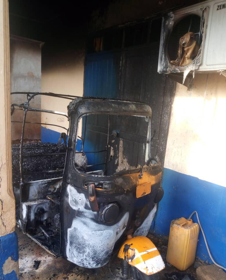 Photos: 19-year-old boy given 6-year sentence for burning police station 4