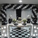 Aluguel Decoração Aniversários Adultos em Preto e Branco