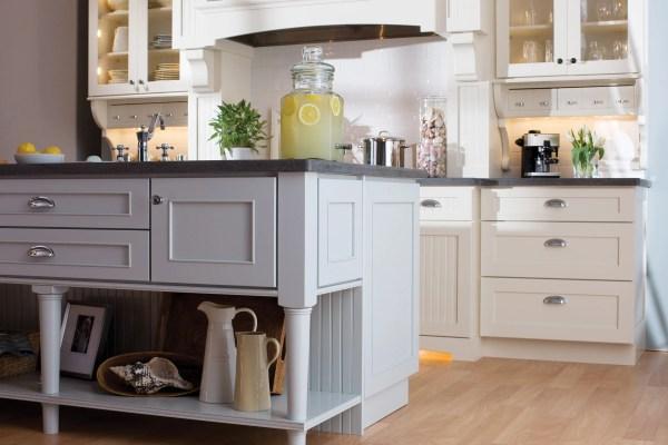Cottage Kitchen Cabinet Design