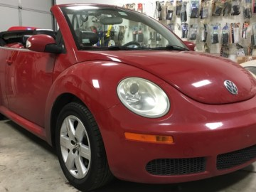 Durham Client Upgrades His Wife's Convertible VW Beetle Audio System