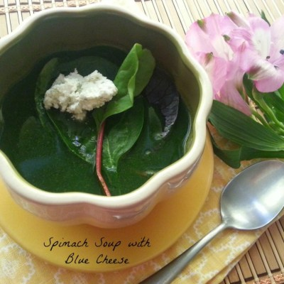 Spinach Soup with Blue Cheese