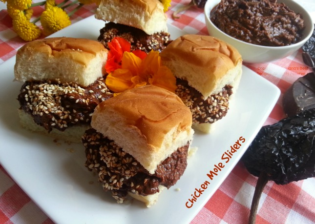 Chicken Mole Sliders great recipe for parties #GoPupule
