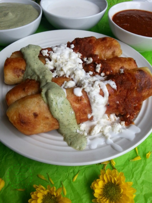 Chicken Flautas Tricolor a recipe 100 soccer fan approved #GoAutentico #ad