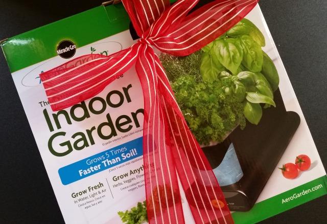 The AeroGarden great gift for a foodie or a gardener #AeroGarden #ad