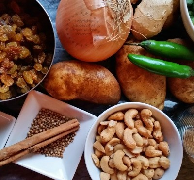 Potato Korma Recipe #DulcesPasas #ad