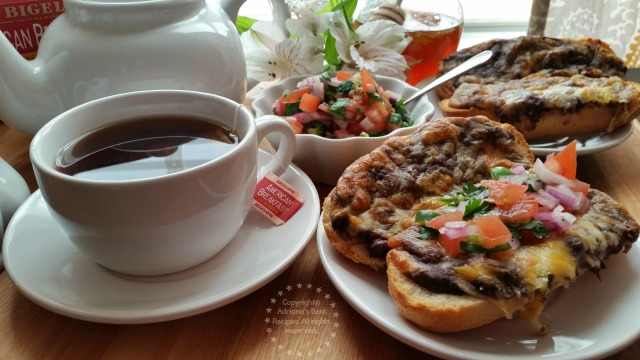 My Mexican American Breakfast consists of molletes and tea the perfect pair to start the morning  #AmericasTea  #ad