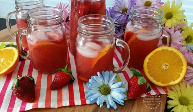 Cheers with Strawberry Orange Agua Fresca  #ComidaKraft #ad