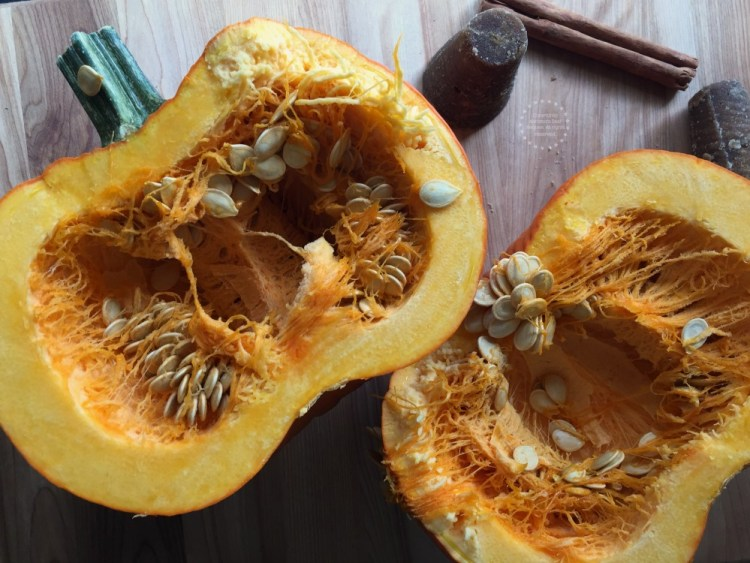 Cut the pumpkin and do not discard the seeds