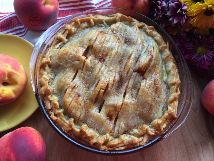 Easy Peach Pie for the Holidays