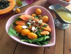 Deliciosa Ensalada de Papaya con Kumquats y Aguaymantos