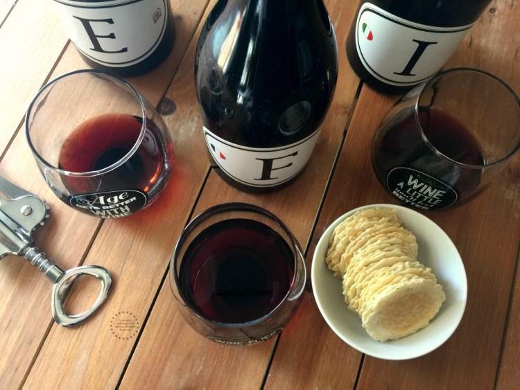 Degustando Vinos Tintos Locations Wine