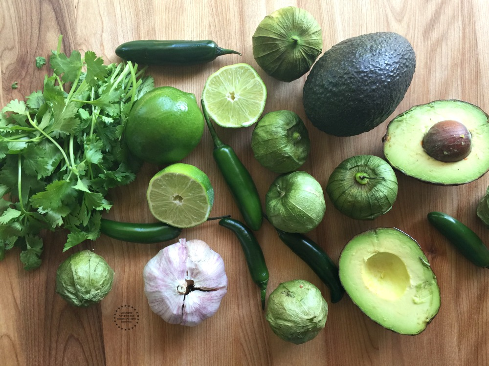 Ingredients for the real deal guacamole sauce