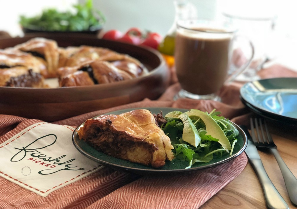 Pairing the Fig Mole Chicken Rosca with a Fresh Salad and Mexican Hot Cocoa