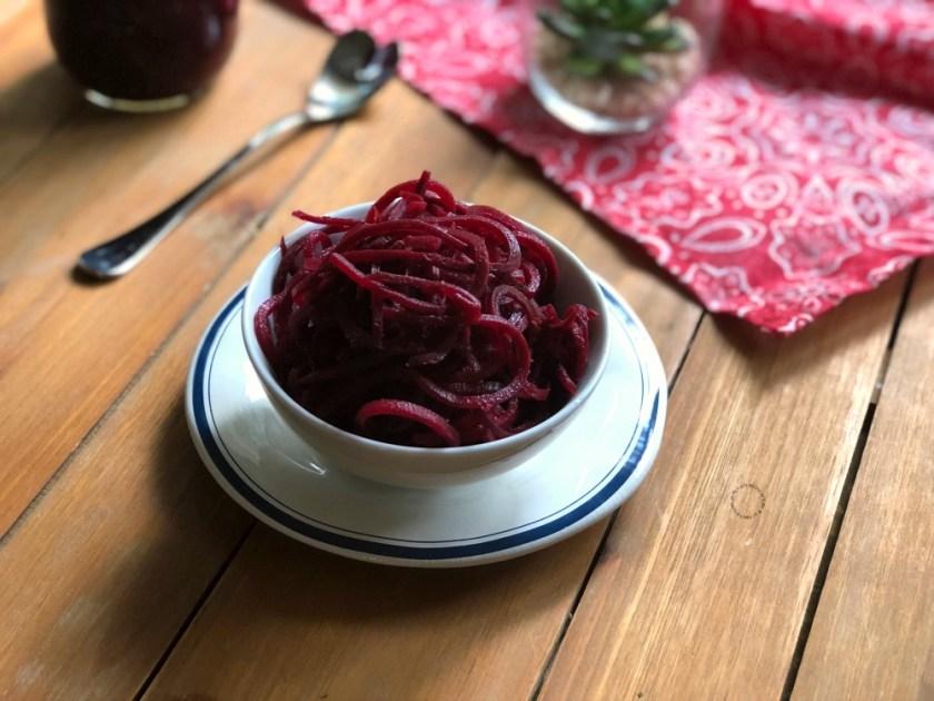 Espirales de betabeles en vinagre, agridulces y deliciosos