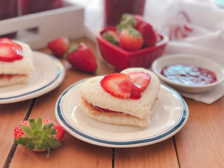 Strawberry Jam Sandwich Hearts