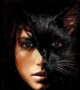 pisica neagra şi femeie