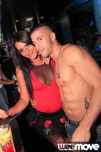 Cindy l'endroit Metz et Adriano stripteaseur