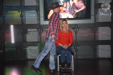 adriano stripteaseur cowboy