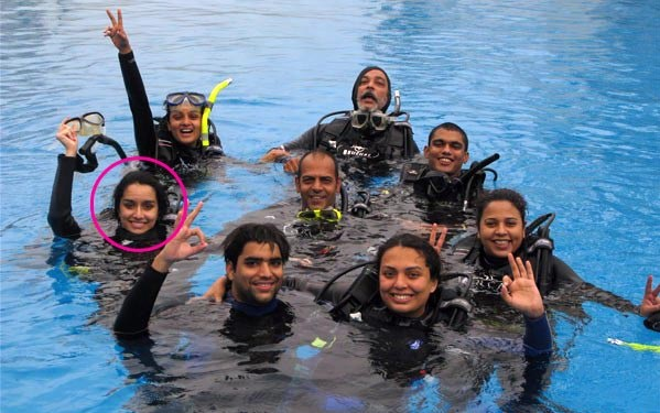 shraddha kapoor scuba diving