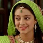 Balika Vadhu Actoress Pratyusha Banerjee Commits Suicide