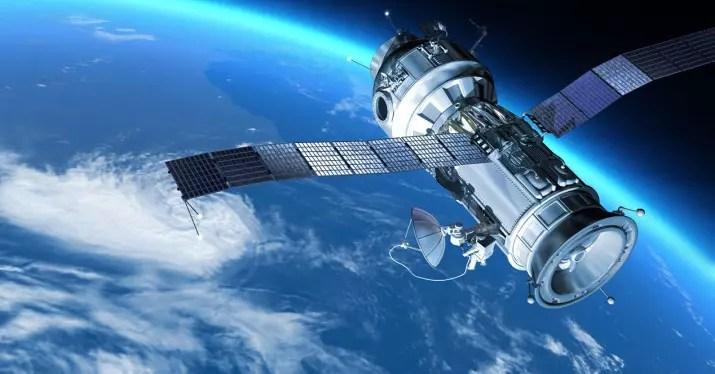 satélite tierra spacex