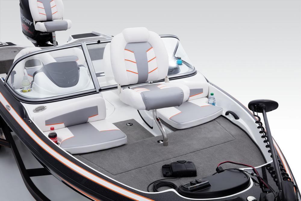 Nitro Boats Zv 19 Sport Adt Marine Group Yacht