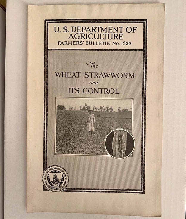 U.S. Department of Agriculture -  Farmers' Bulletin No. 1323 - The Wheat Strawworm and Its Control