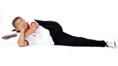 Duan Tzinfu started stretching everyday from age 73 and he is now age 76 in 2015.