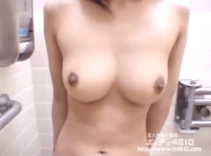 Gonzo SEX with 29 amateur girls is shown in free JAV erotic video