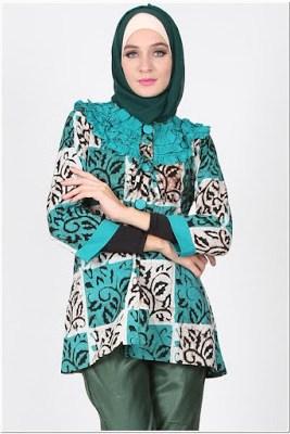 Contoh Atasan Batik Buat Wanita Muslim
