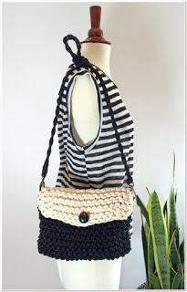 Contoh tas rajut selempang kecil dan simple