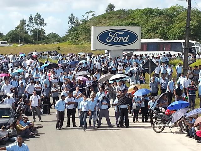 Ford Camaçari (BA) joga a crise nas costas dos trabalhadores e ameaça com demissões