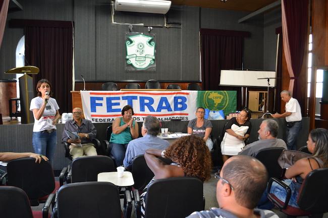 Atos mostram força da mobilização, mas FETRAB dificulta construção de greve geral do serviço público da Bahia