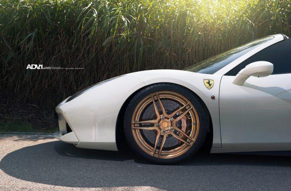 White Ferrari 488 GTB - ADV05 M.V2 CS Series Wheels Wallpaper